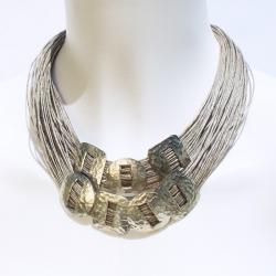 Collier en lin et métal martelé