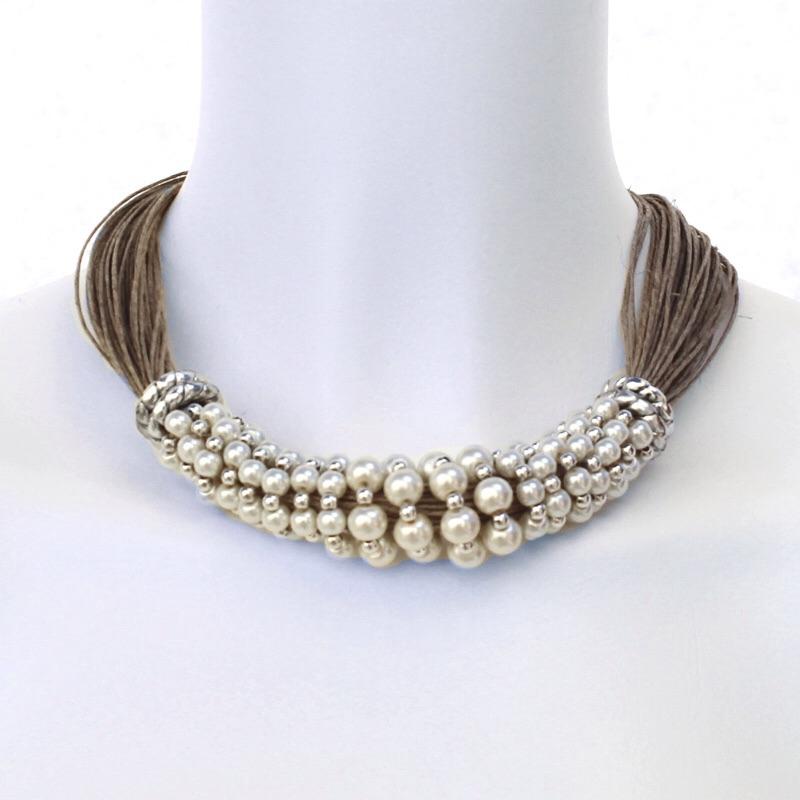 collier perle et fil de lin